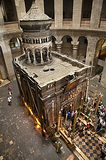 Tomb of Jesus from above, Church of Holy Sepulchre.jpg