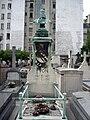 Tombe Adolphe Yvon, Cimetière d'Auteuil, Paris.jpg
