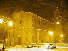 Torricella Sicura, chiesa parrocchiale di San Paolo con la neve