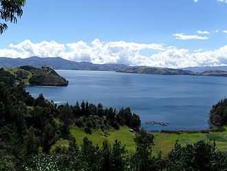 Lake Tota - Image: Tota Lake 8