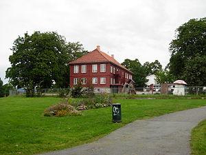 Tøyen Park - Bellevue in Tøyenparken. Photo by Helge Høifødt