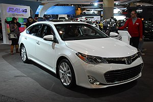 Toyota Avalon - Image: Toyota Avalon (8504307109)