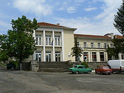 Tserovo-Pazardzhik-district-library.jpg
