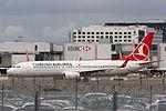 Turkish Boeing 737 TC-JHM (25826476324).jpg