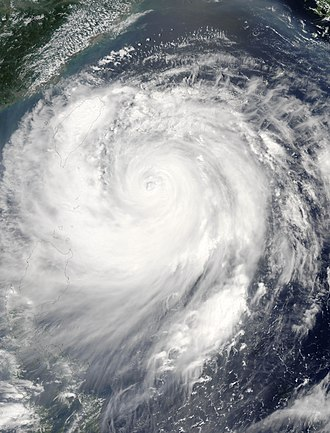 Typhoon Haitang (2005) - Image: Typhoon Haitang 17 jul 2005 0440Z