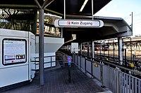 U4 Hütteldorf Zugang Parkhaus.jpg