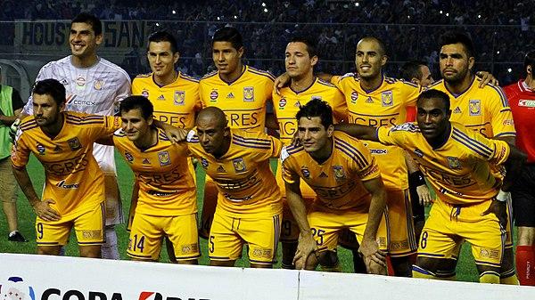 Foto de Tigres UANL previa al encuentro Emelec 1-0 Tigres UANL en el estadio 20baab7809df0
