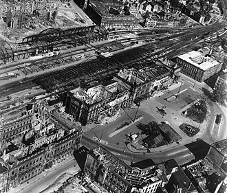 Hannover Hauptbahnhof - Destroyed station in 1945