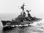 USS Richard S. Edwards (DD-950) underway in the Pacific Ocean 1962.jpg