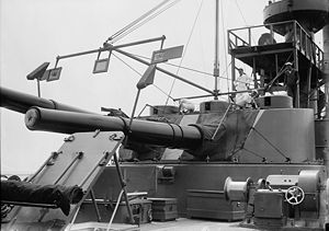 "10""/40 caliber gun Mark 3 - Image: USS Seattle Turret LOC 09615u"