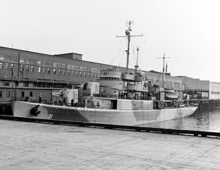 USS <i>Unimak</i> (AVP-31)
