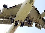 Hauptfahrwerk einer Boeing 747