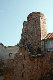 Uniejow Castle, Poland.jpg