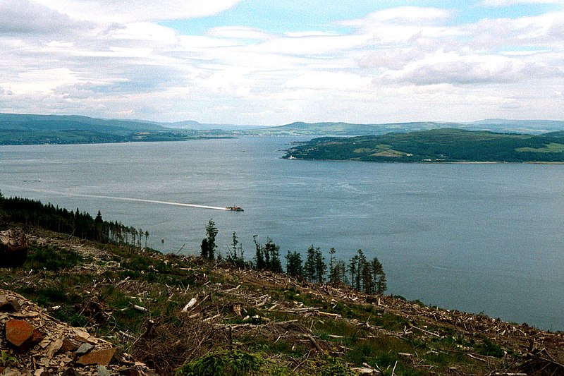 File:Upper firth of clyde.jpg