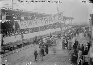 Vanderbilt Cup - Vanderbilt Cup race start, 1908
