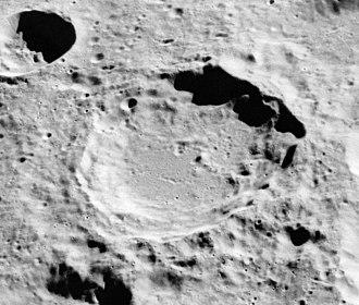 Vesalius (crater) - Oblique view from Apollo 16