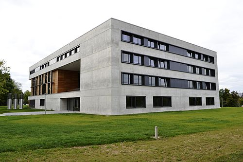 University of Regensburg, Vielberth building, faculty of business Vielberth-Gebaude, Uni Regensburg.JPG