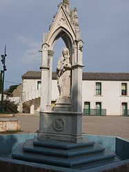 Statue of the Virgin at Lignan-sur-Orb
