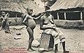 Village Soussou-Femme faisant de la sparterie (Guinée).jpg