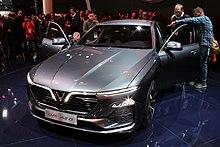 Vinfast Lux A 2,0 em 2018 Paris Motor Show