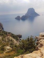Vista desde la Torre de Savinar de Es Vedrà 2.jpg