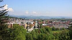Vrhnika; view along Tržaška Street from Drča.jpg