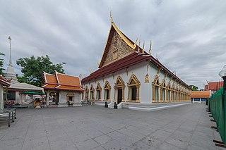 Wat Chana Songkhram Buddhist temple in central Bangkok