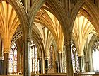 Wells cathedral interior 101.jpg