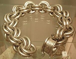 Whitecleuch Chain