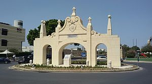 Maltese Baroque architecture - Reconstruction of the Wignacourt Arch, built in 1615 by Bontadino de Bontadini