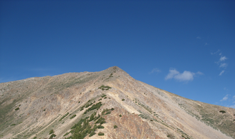 Winfield Peak (Colorado) - View of the peak from the saddle