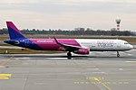 Wizz Air, HA-LXY, Airbus A321-231 (47578063892).jpg
