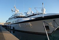Yacht Calixe 06.jpg