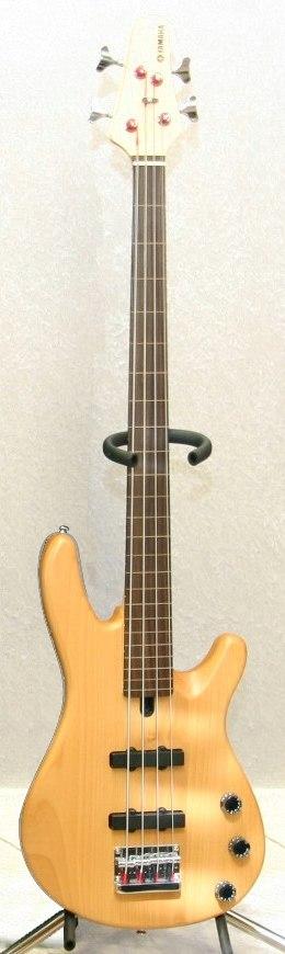 Yamaha BB404F Fretless bass
