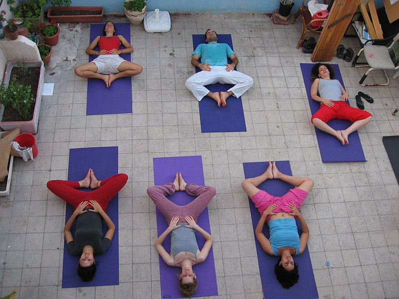 File:YogaClass.jpg