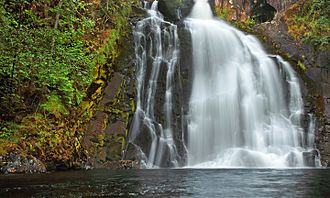 Youngs River Falls - Image: Youngs River Falls (5189043872)
