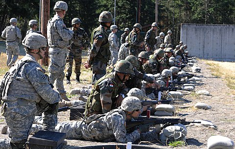 U.S. Army soldiers familiarizing with the latest INSAS 1B1 during exercise Yudh Abhyas 2015 Yudh Abhyas 2015 Soldiers familiarize with INSAS 1B1.jpg