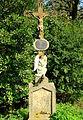 Zaclerz, krzyż przydrożny w Drewnianej Dolinie (Prkneny Dul) -Aw58- 20.09.2009 r..JPG