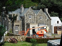 (1)Peter Rabbit movie set 004.jpg