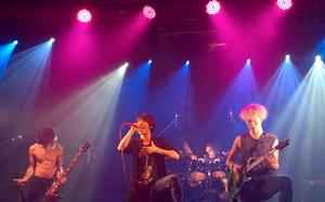 One Ok Rock - Image: @TAKACCHI10 4 WP201410108
