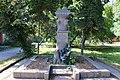 Гнівань, Братська могила 19 танкістів загиблих при звільненні міста.jpg