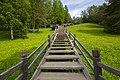 Малые Корелы, лестница.jpg