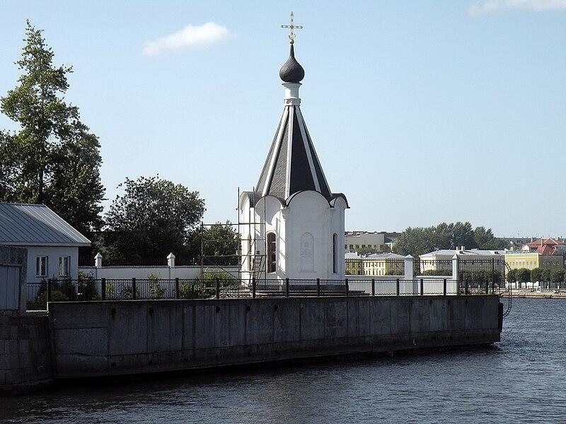 File:Памятник храму Спасения на водах.jpg
