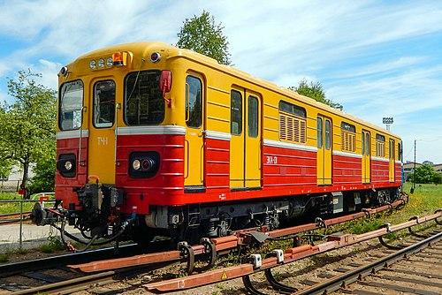 Эка-01 (81-581) на путях депо Автово (cropped).jpg