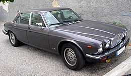 0509 Jaguar Sovereign 4.2 2.JPG