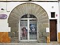 052 Casa al carrer Vall, 25 (Canet de Mar), portal adovellat.JPG