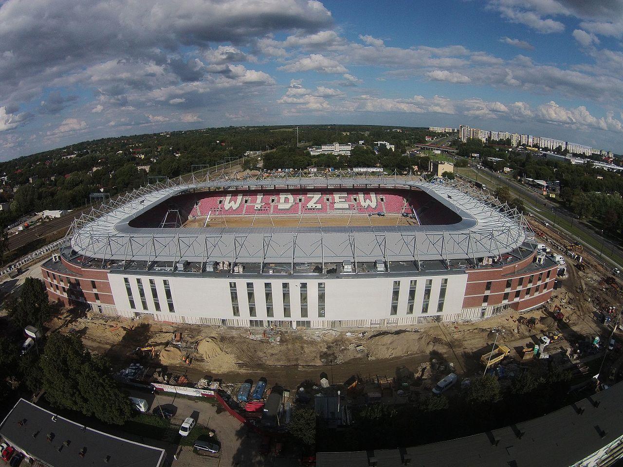 1280px-1._Stadion_Widzewa_w_budowie.jpg