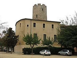 114 Torre Balldovina, pl. Pau Casals (Santa Coloma de Gramenet).jpg