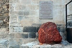 Bauxite - Bauxite in Les Baux-de-Provence, France