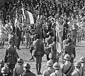 14 juillet 1920, revue des troupes de garnison de Paris sur l'hippodrome à Vincennes - drapeau du 11e RTS (cropped).jpg